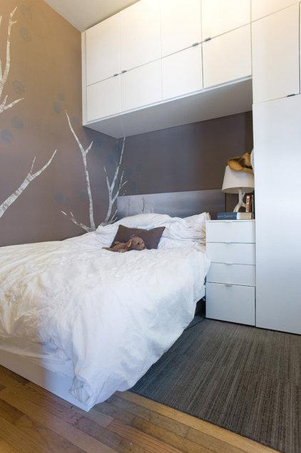 Modern Bedroom by roomTEN design