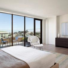 Modern Bedroom by Design Line Construction, Inc.
