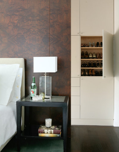 Contemporary Bedroom by Wettling Architects