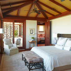 Tropical Bedroom by Gast Architects