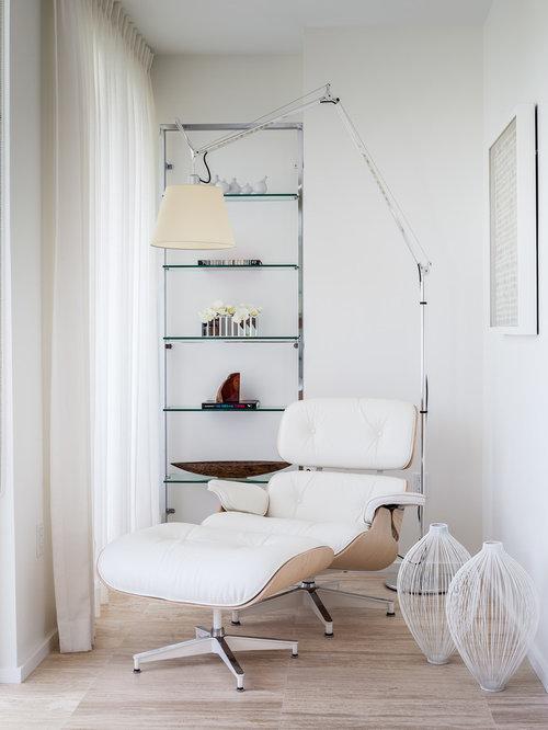 Skandinavische Gästezimmer White Backsplash. Wood Floor einrichten ...