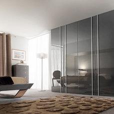 Modern Bedroom by GAUTIER TORONTO