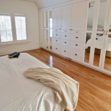 Craftsman Bedroom by Metric Interior Design Inc.