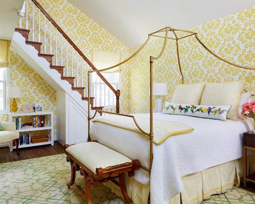 Camera da letto stile loft con pareti gialle - Foto e Idee per Arredare