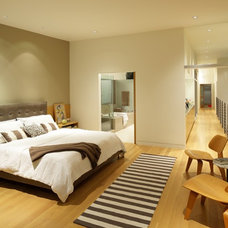 Contemporary Bedroom by KKC Fine Homes