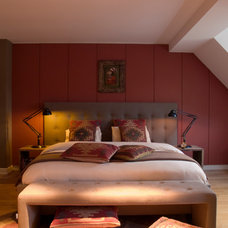 Eclectic Bedroom by in3interieur