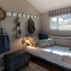 Beach Style Bedroom by Hyde Evans Design
