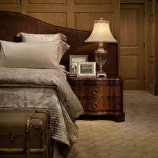 Traditional Bedroom by ROWLAND BROUGHTON ARCHITECTURE & URBAN DESIGN