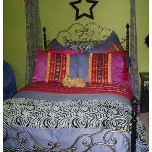 Eclectic bedroom photo in Little Rock