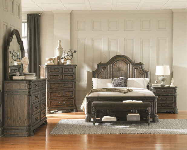 American Traditional Bedroom by Urban Living Furniture