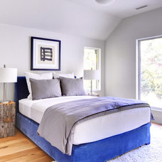 Contemporary Bedroom by Yankee Barn Homes