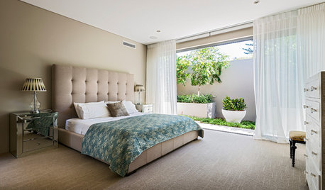 8 Must-Haves in a Modern Master Bedroom
