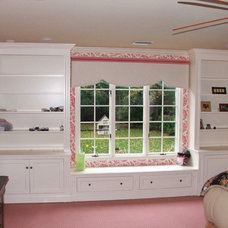 Traditional Bedroom by TL King Cabinetmakers