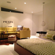 Midcentury Bedroom by Hollywood Home