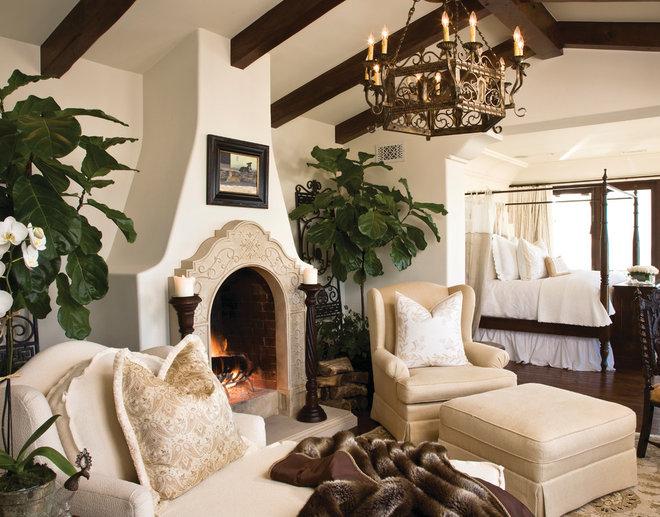 Mediterranean Bedroom by Marengo Morton Architects