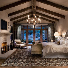 Mediterranean Bedroom by Calvis Wyant Luxury Homes