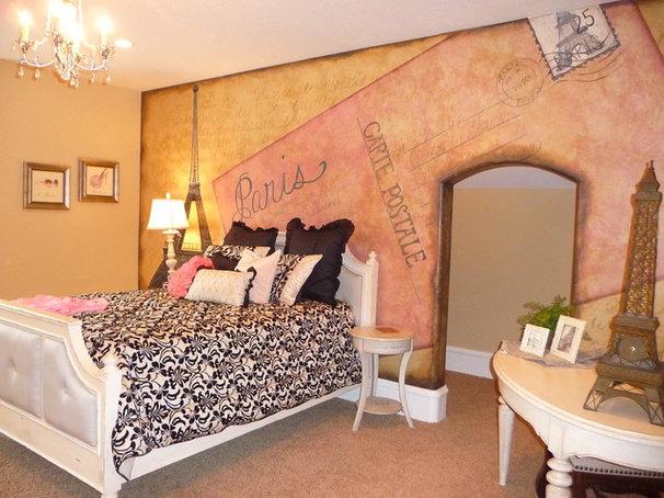 Traditional Bedroom Paris