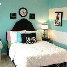 Contemporary Bedroom by Seaside Interiors LLC