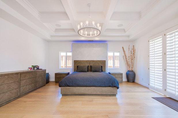 Transitional Bedroom by Spazio LA