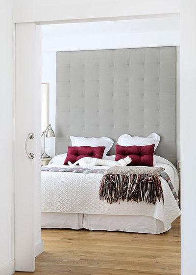 Eclectic Bedroom by Sergio Olazabal - 2arquitectos