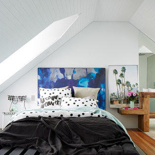 This is an example of a beach style bedroom in Sydney.