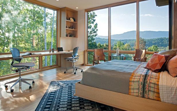 Modern Bedroom by Carlton Edwards