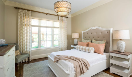 Creams and Champagnes Warm This Guest Room