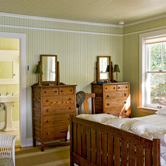 traditional bedroom by Whitten Architects