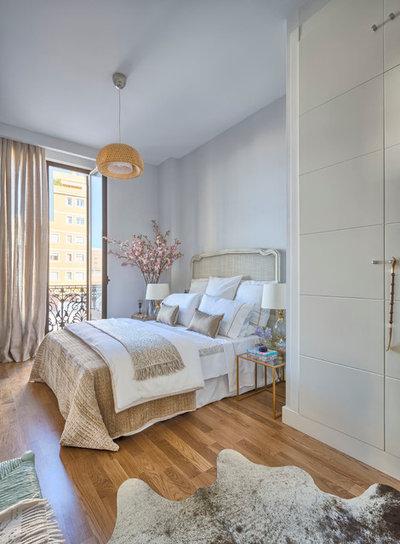 Clásico renovado Dormitorio by Masfotogenica Interiorismo
