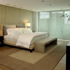 Contemporary Bedroom by poggi design