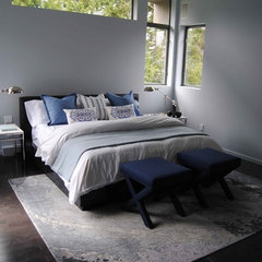modern bedroom by Heather Coutts Interior Design