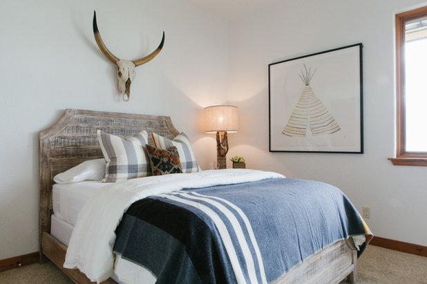 Rustic Bedroom by JODI FLEMING DESIGN
