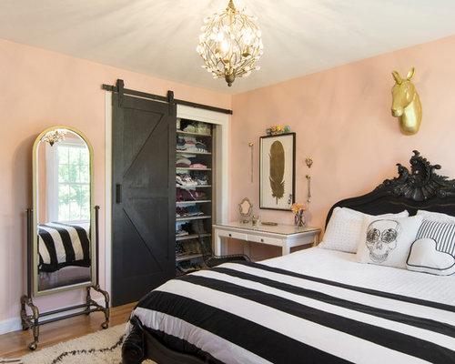 Chambre campagne avec un mur rose photos et id es d co for Avis de homeplans com