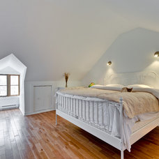 Traditional Bedroom by WASABI360.CA  |  Claude Badet Photographie