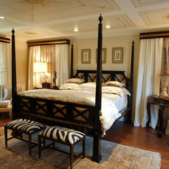 traditional bedroom by Jennifer Bevan Interiors