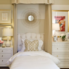 mediterranean bedroom by Jessica Bennett Interiors