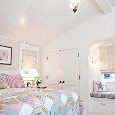 Beach Style Bedroom by Ross Thiele & Son