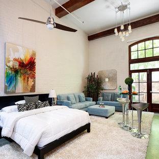 Bedroom - modern bedroom idea in Nashville