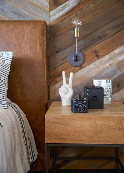 Юго-западный Спальня by Studio Revolution