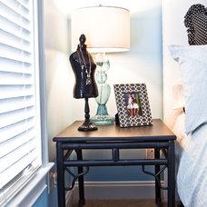 Modern Bedroom by Dabble Co.