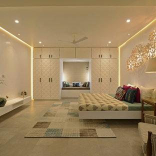 Mittelgroßes Modernes Schlafzimmer in Mumbai