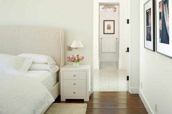 Mediterranean Bedroom by Strandemo Home