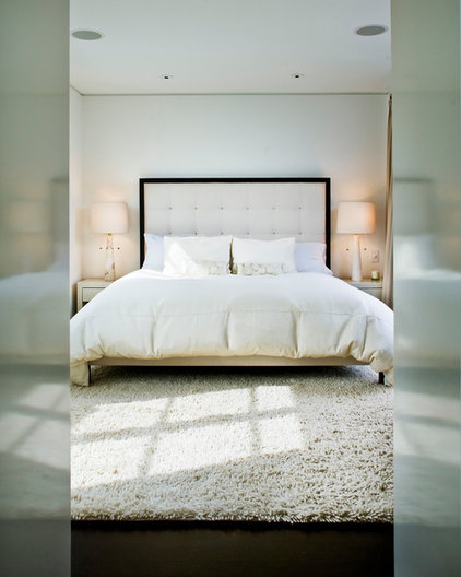contemporary bedroom by Marla Schrank Interiors