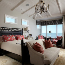Tropical Bedroom by Freestyle Interiors