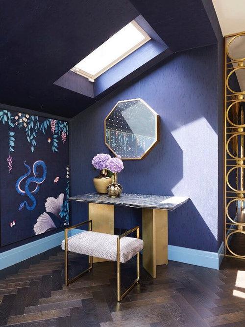 Chambre asiatique avec un mur violet photos et id es for Taille moyenne chambre