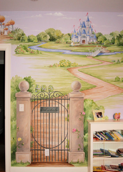 Traditional Bedroom by MacMurrayDesigns