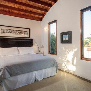 Imagen de habitación de invitados contemporánea, de tamaño medio, con paredes blancas y suelo de linóleo