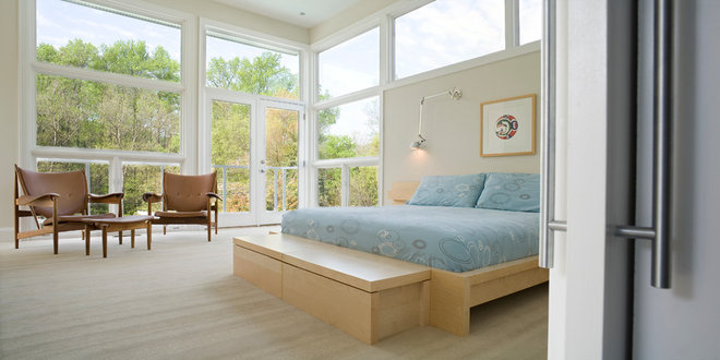 Contemporary Bedroom by j robert bazemore