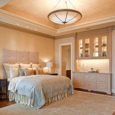 Traditional Bedroom by Matt Varnado - Varnado Photography