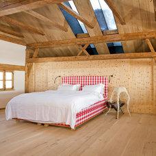 Rustic Bedroom by AREA Handelsgesellschaft mbH - Salzburg